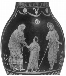 odysseus and antigone Odysseus and antigone display loyalty to their families by fulfilling their obligations as a family member, whether as a father or as a sister the prophet tiresias is a recurring character that appears in both the odyssey and antigone.